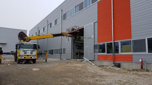 Thi công trần vách panel- Nhà máy Sanaky