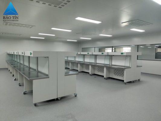 Phòng sạch sản xuất chất bán dẫn